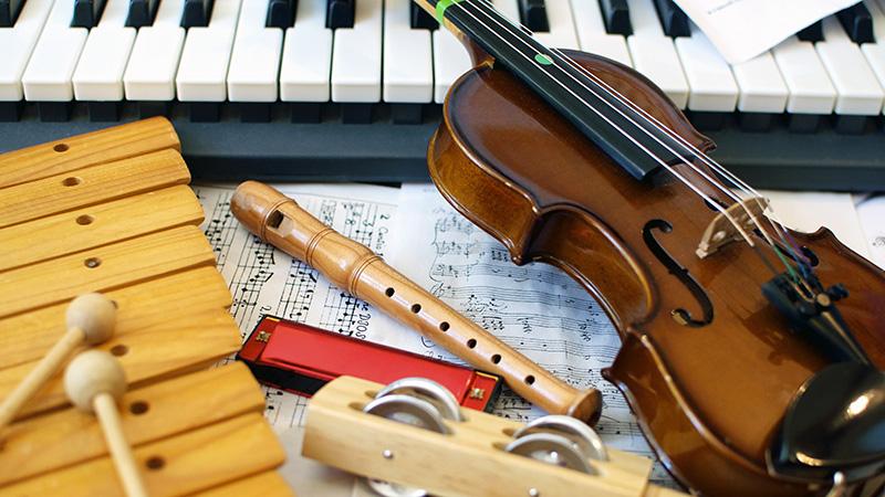 楽器体験教室を開くため、楽器購入資金がない