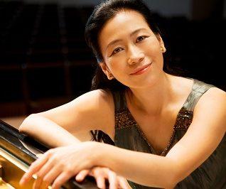 小山 実稚恵(Michie Koyama)