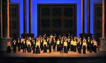 新国立劇場合唱団(New National Theatre Chorus)